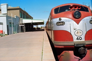 Port Augusta Station - GM 40 - CR Red and silver