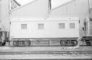 12.1971,Port Augusta - bogie flat R351 with transportable unit W25
