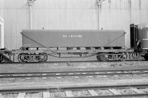 12.1971,Port Augusta - bogie water tank TD377 ways and works only