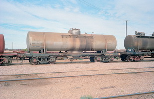15.5.1981,Maree - tank wagon NTOD7988 + part tank wagon NTSC1841