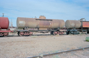 15.5.1981,Maree - tank wagon NTOD7987 + part NTOD7992