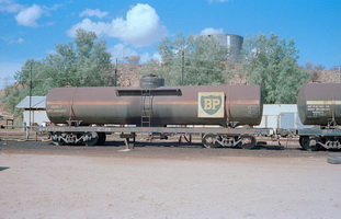 20.4.1980,Alice Springs - tank wagon NTC7995 BP139