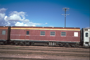 8.5.1987,Port Augusta AVEY198 red brakevan