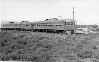 CR,jpg,2.1952,Commonwealth Railways,Three Budd Railcars with Brill trailer attached